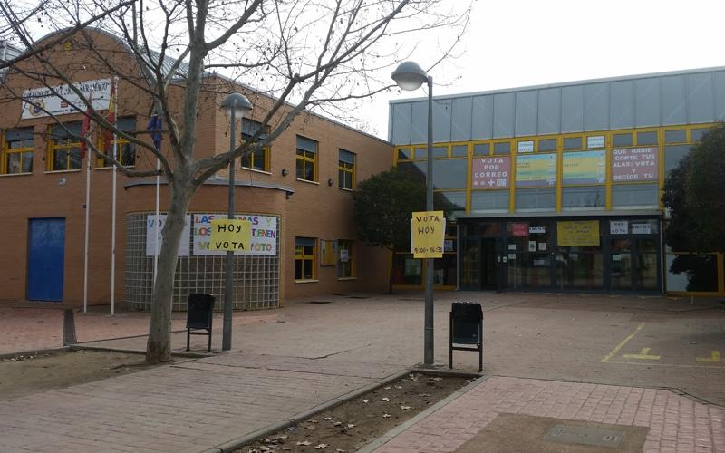 El colegio José Saramago de Rivas, el día de la votación de la jornada escolar