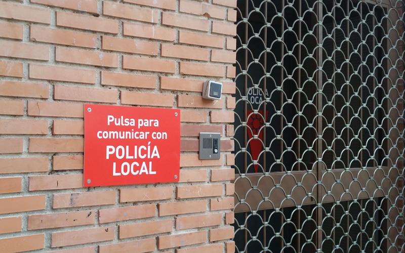 Un botón para hablar con la Policía Local en Covibar