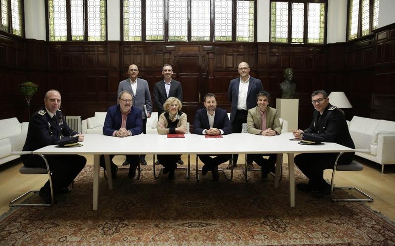 Firma del convenio de colaboración entre policías municipales de Madrid y de Rivas