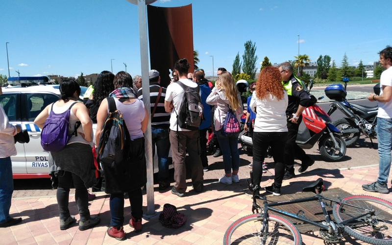 Voluntarios que participan en la búsqueda de Diego Menéndez