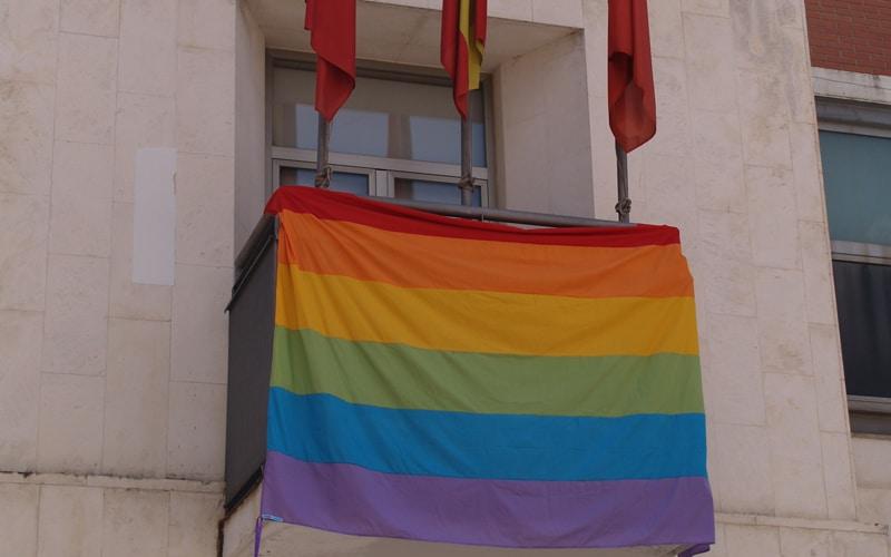 Rivas se suma a la celebración del Día Internacional del Orgullo LGTBI y al World Pride