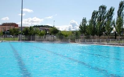 Muere un menor de 12 a os tras ahogarse en una piscina for Piscina arganda del rey