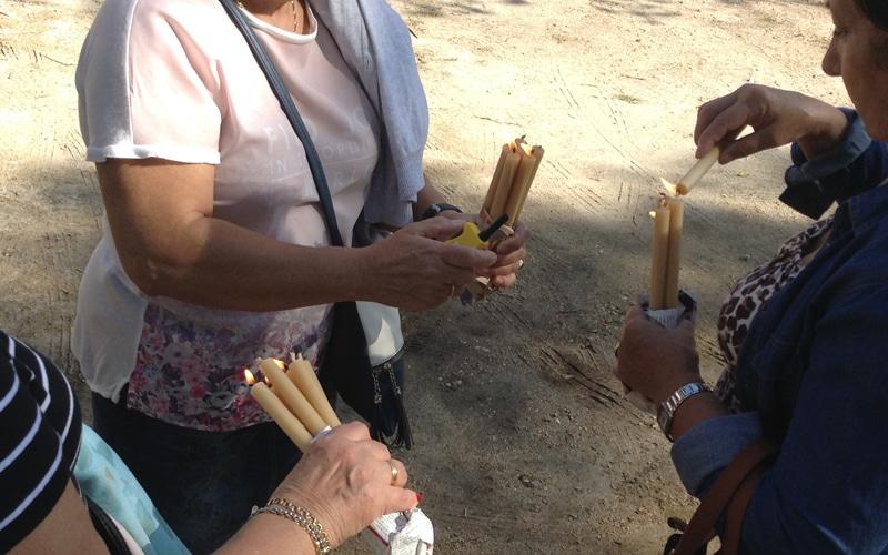 Racimos de velas usados en la procesión del Santísimo Cristo de los Afligidos de Rivas