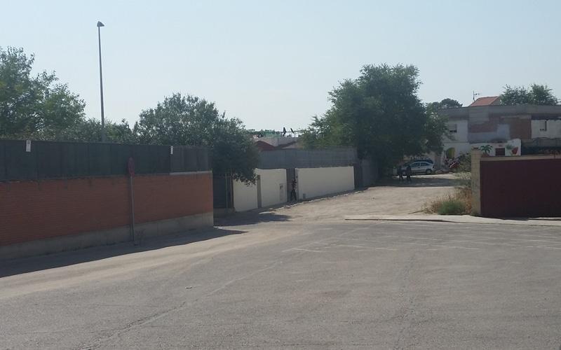 Un parque infantil cerrará al tráfico rodado la entrada a la Cañada Real junto al colegio Mario Benedetti