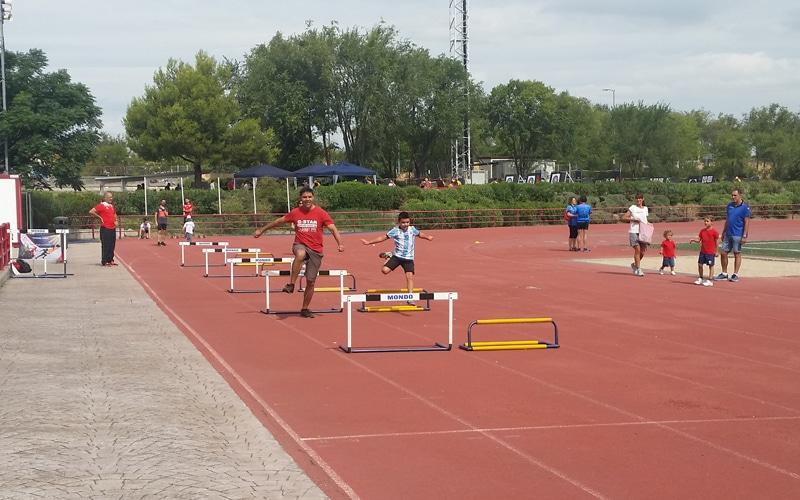Niños y mayores disfrutaron de una jornada lúdica en el I Día del Deporte de Rivas