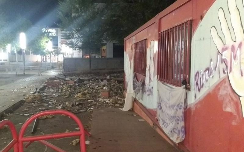 Precinto del barracón de la Asamblea Popular del 15-M de Rivas