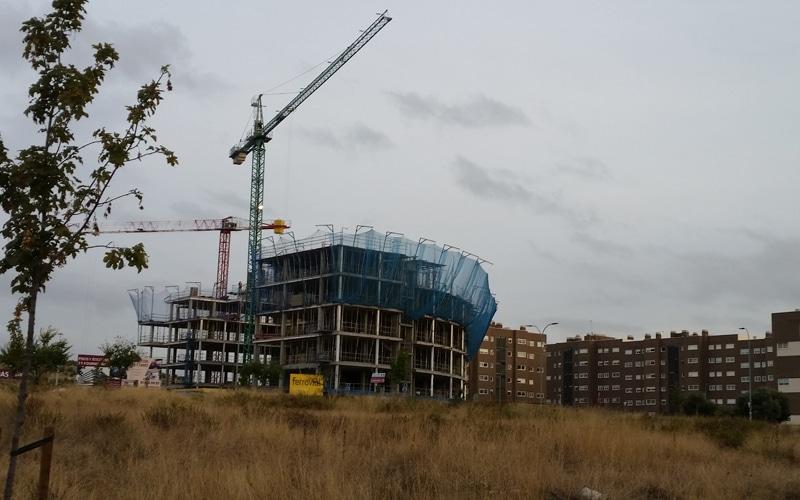 Edificios en construcción en el entorno de Rivas Futura