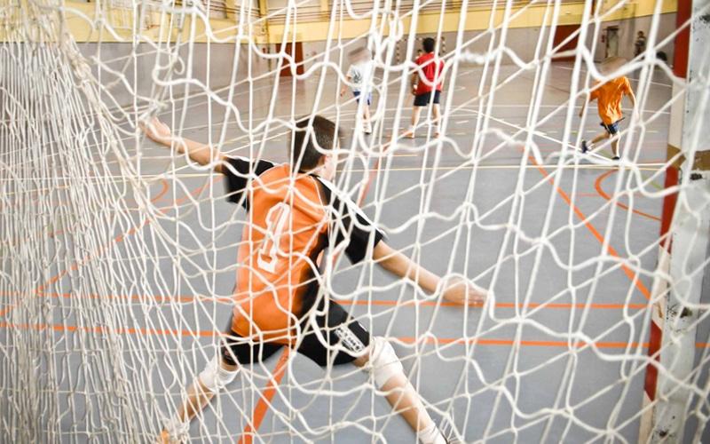 Fútbol sala en un polideportivo público (Fuente: Ayuntamiento de Rivas Vaciamadrid)