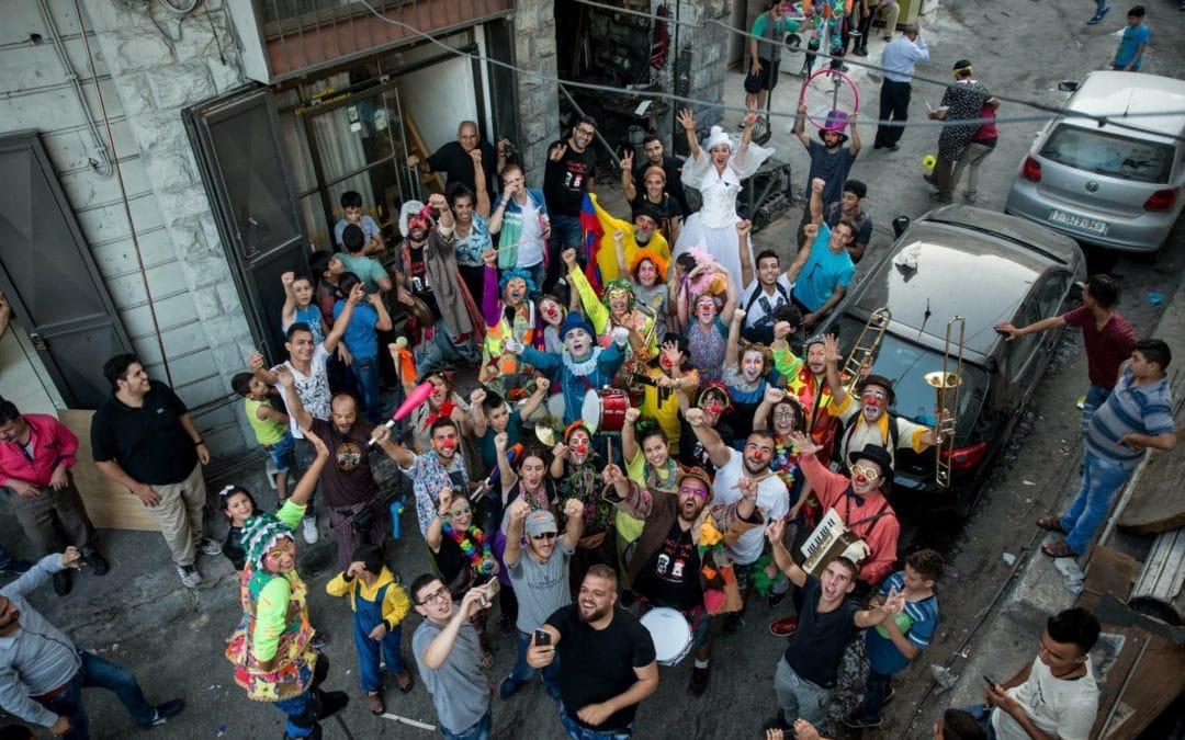Quince jóvenes de Rivas 'gritan' su solidaridad con Palestina