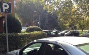 Plaza de aparcamiento para personas con movilidad reducida (Fuente: Diario de Rivas)