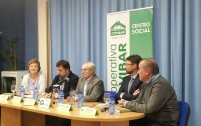 Armando Rodríguez Vallina presenta en Covibar su sexto libro, 'El desierto y el vergel'