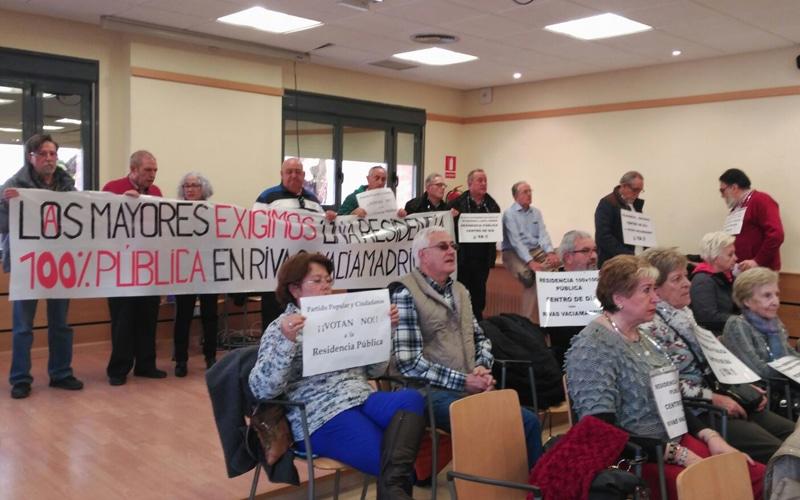 La Plataforma de Mayores de Rivas exige en el Pleno la construcción de una residencia pública y centro de día en la ciudad