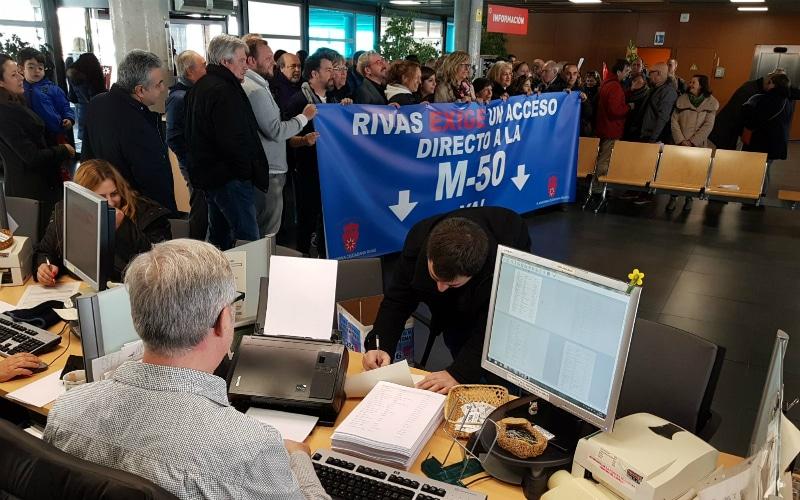 14.256 firmas y un encierro por el acceso a la M-50