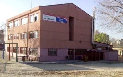 La Policía Local de Rivas detiene a tres personas por intento de robo en La Escuela