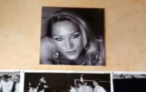 Foto de Matilde de Castro que corona la pared del bar La Corrala (Fuente: Diario de Rivas)