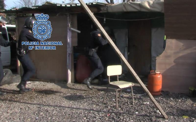 Caen dos bandas que robaban y despiezaban vehículos en la Cañada Real y Fuenlabrada
