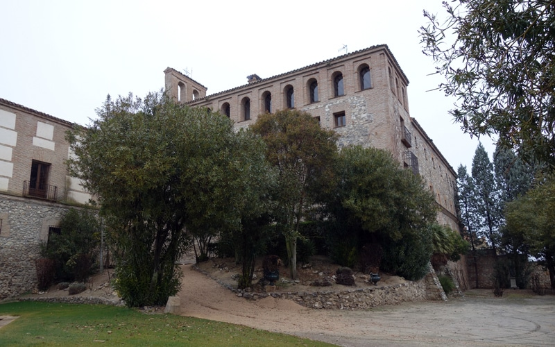 Fachada lateral y trasera del antiguo convento mercedario de Rivas