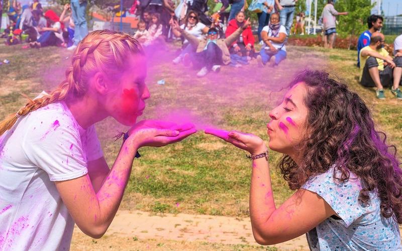 Fiesta Holi en H2O
