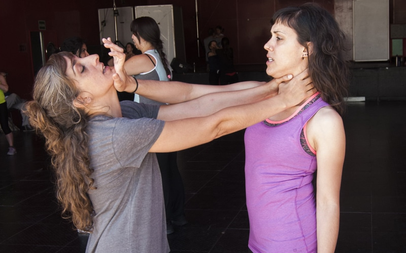 Clases gratuitas de defensa personal para mujeres en Rivas