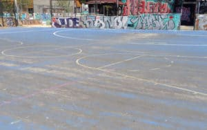 Desperfectos en el campo de fútbol del parque de Asturias de Rivas Vaciamadrid (Fuente: Diario de Rivas)