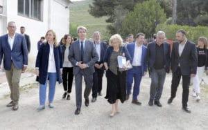 Acto de firma del convenio de realojo de 150 familias del Sector 6 de la Cañada Real, con Ángel Garrido, Manuela Carmena y Pedro del Cura