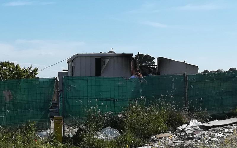 Arde una infravivienda de la Cañada Real, junto a Covibar
