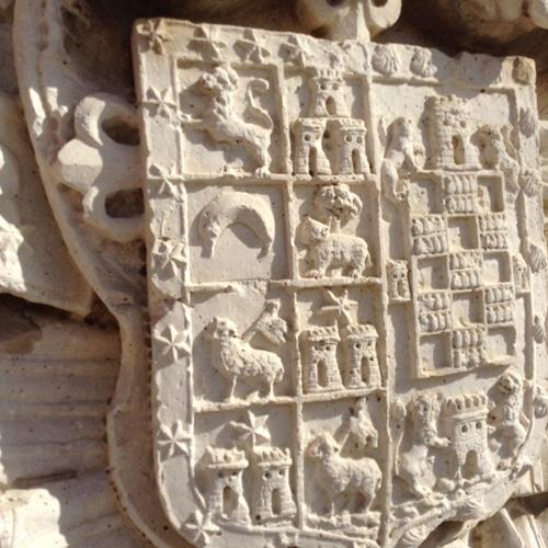 Escudo de los marqueses de Rivas de Jarama ubicado en la antigua casa consistorial de Rivas Vaciamadrid (Fuente: Diario de Rivas)