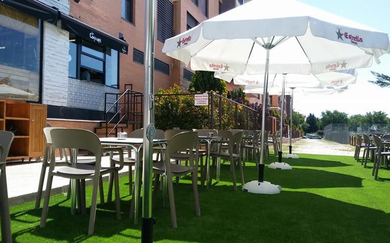El Ayuntamiento de Rivas no cobrará a la hostelería la tasa de terrazas de 2020 y busca fórmulas para una Ruta de la Tapa 'a domicilio'