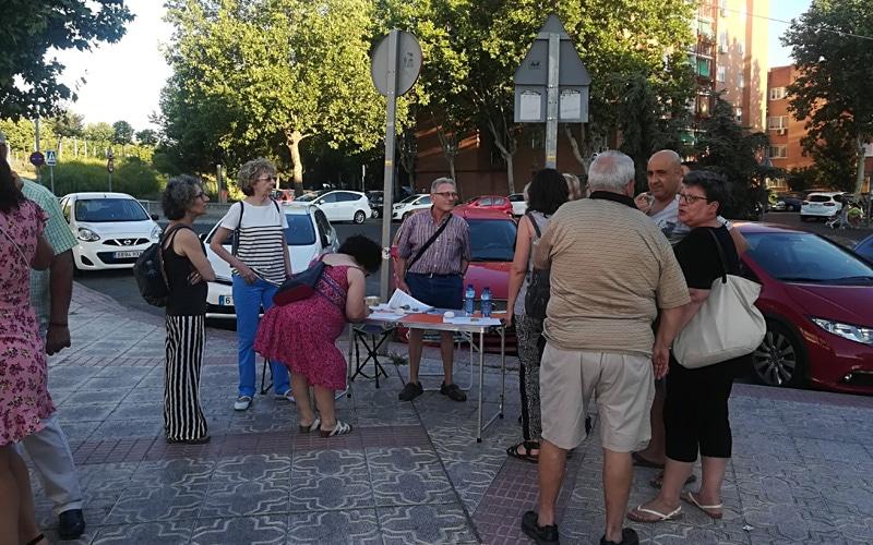 Recogida de firmas por el mal olor del vertedero de Valdemingómez este fin de semana