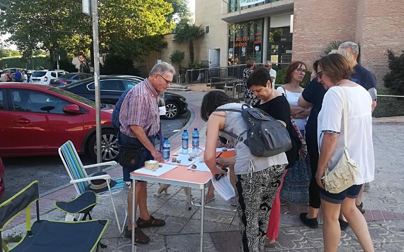 Recogida de firmas contra los olores de Valdemingómez en Rivas