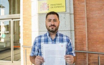 La Plataforma Ciudadana de Rivas registra en Fomento una carta y 15.000 firmas pidiendo la salida a la M-50