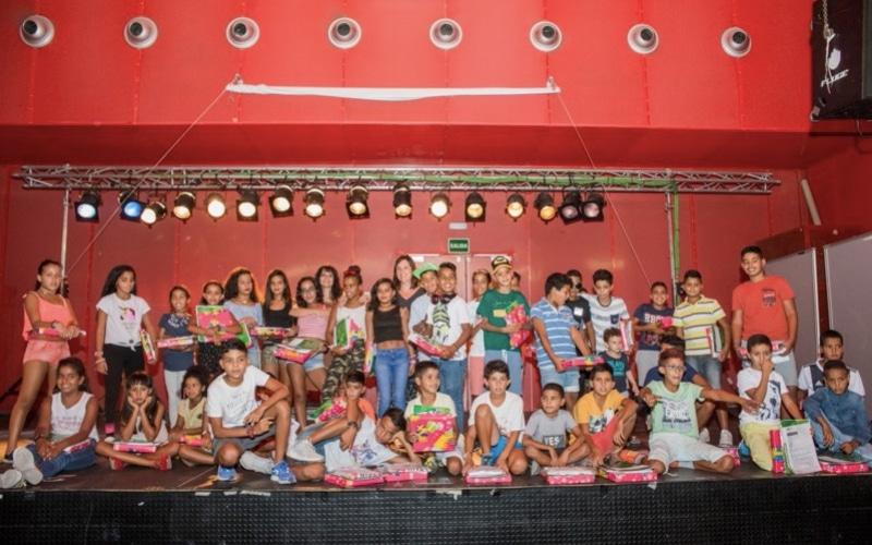 Fiesta de despedida de los niños saharauis en la Casa + Grande. Imagen facilitada por Rivas Sahel.