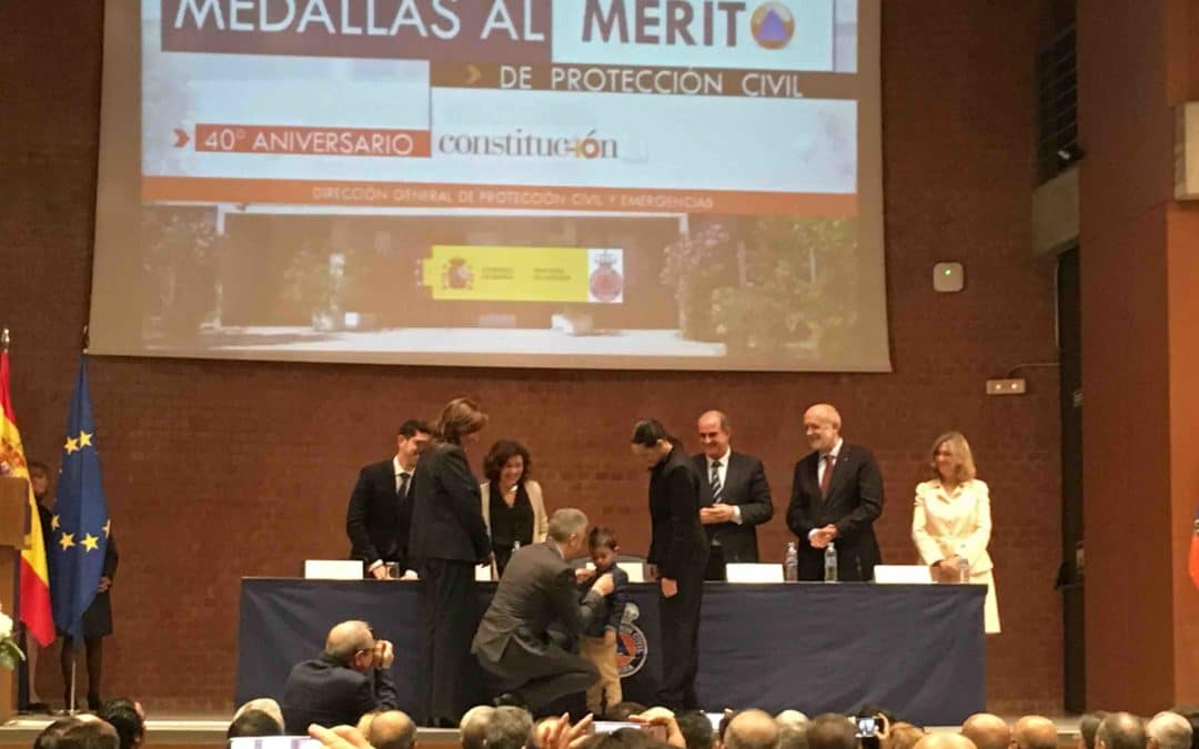 Un niño leonés de 4 años recibe en Rivas la medalla al mérito de Protección Civil