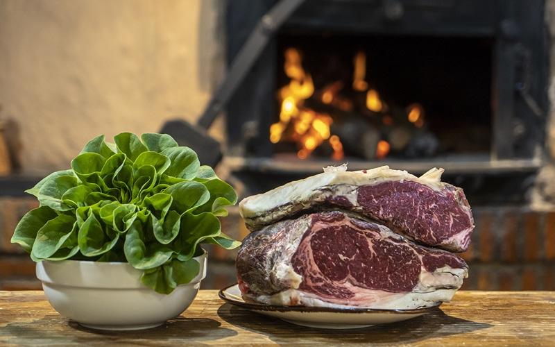 Carne-y-lechuga-restaurante