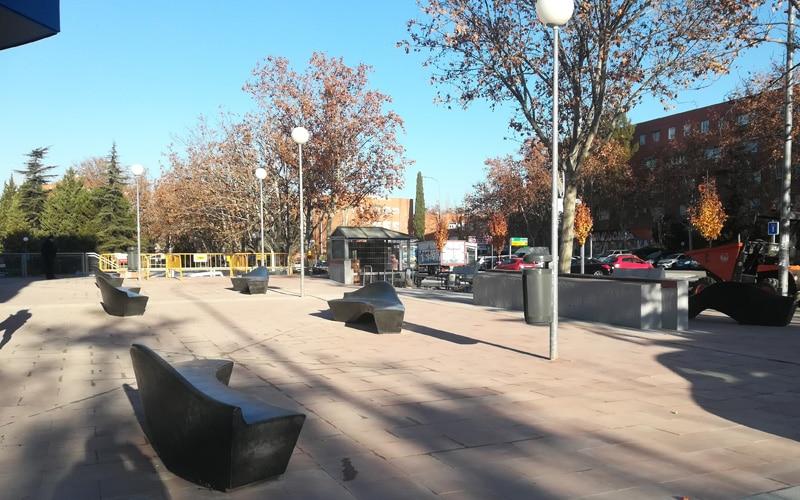 En el entorno se ha instalado nuevo mobiliario urbano