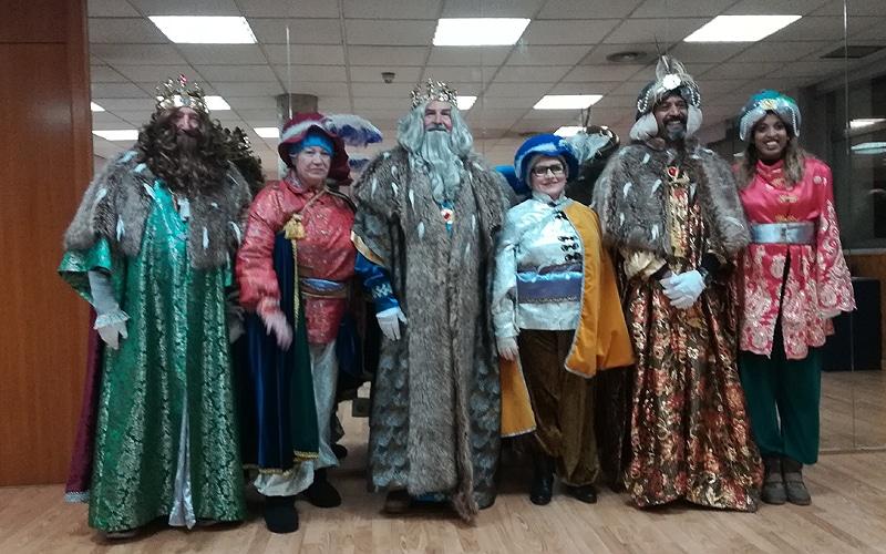 Los Reyes Magos posan tras la Cabalgata 2019
