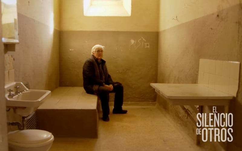 """José María """"Chato"""" Galante en la cárcel en la que, con 24 años, fue encarcelado por luchar contra la dictadura. Foto de Almudena Carracedo"""
