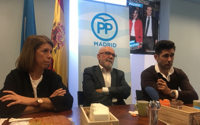 Jannete Novo y Francisco Gallardo se reúnen con la prensa