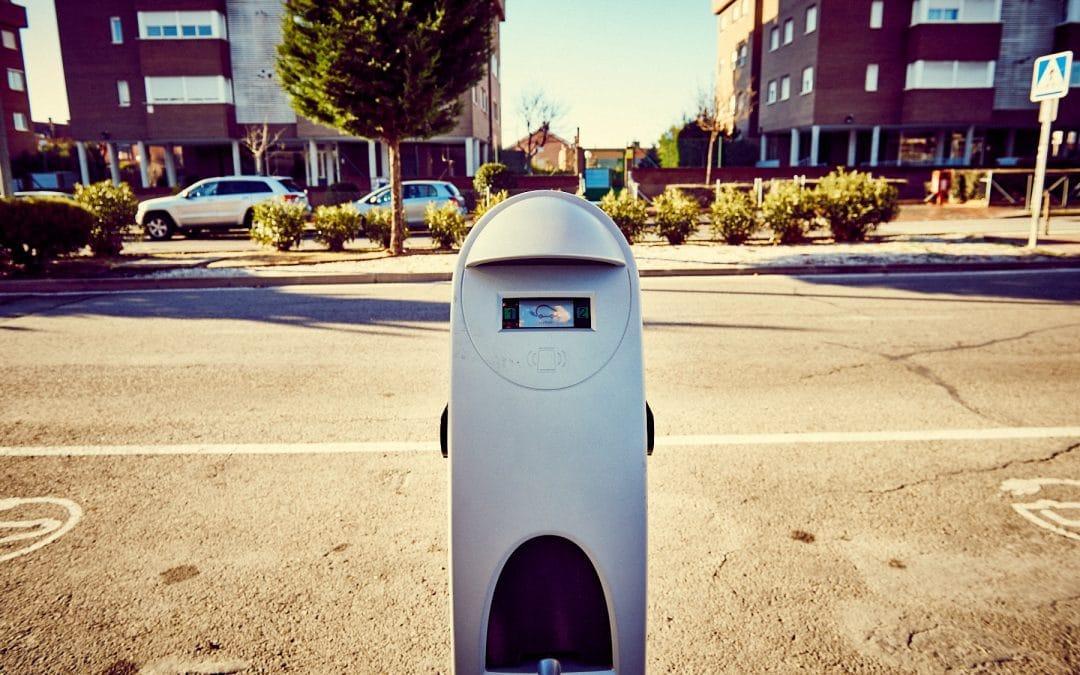 Rivas instala 5 puntos nuevos de recarga para vehículos eléctricos