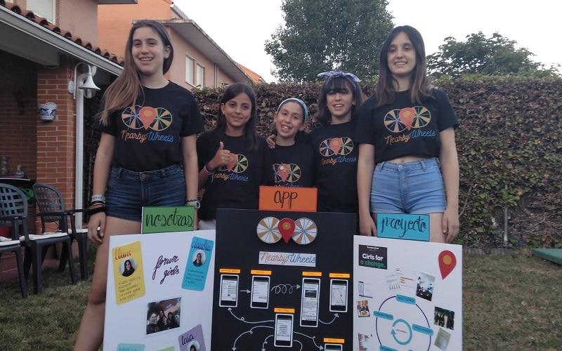 'Nearby Wheels': la 'app' sin barreras desarrollada por cinco jóvenes vecinas de Rivas