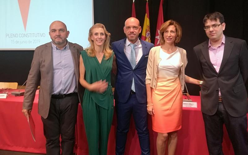 Luis Mas, María Teresa Cintora, Bernardo González, Eva María Sánchez y Mario González, concejales de Ciudadanos en el Ayuntamiento de Rivas Vaciamadrid