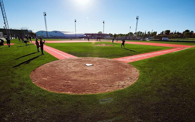 campo beisbol sofbol hierba artificial rivas