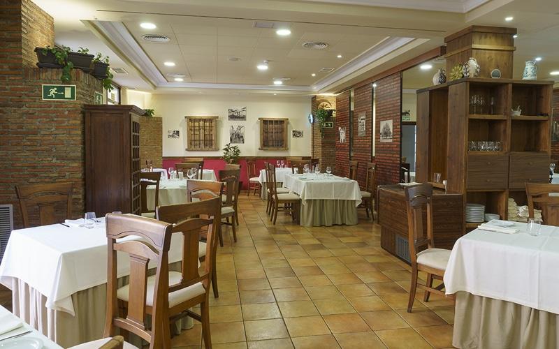 restaurante el roble arganda