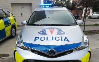 La Policía Local socorre a un exalcalde de Rivas golpeado por un vehículo cuando iba en bici