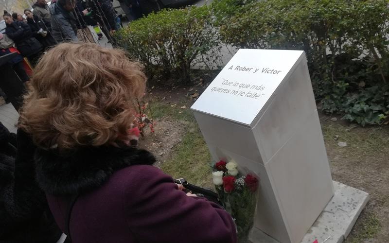 monumento víctor rober kamikaze covibar