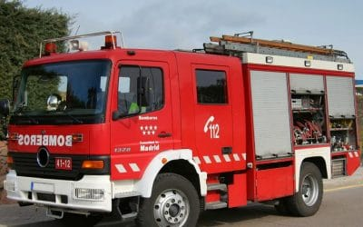 Aparatoso incendio, sin heridos, en un contenedor en el polígono industrial de Arganda