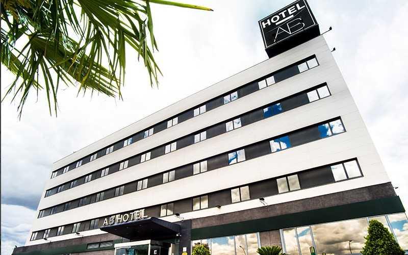 Vivir en un hotel por el precio de un alquiler: Vilsa y el Hotel AB Rivas lanzan una oferta para estancias a partir de un mes