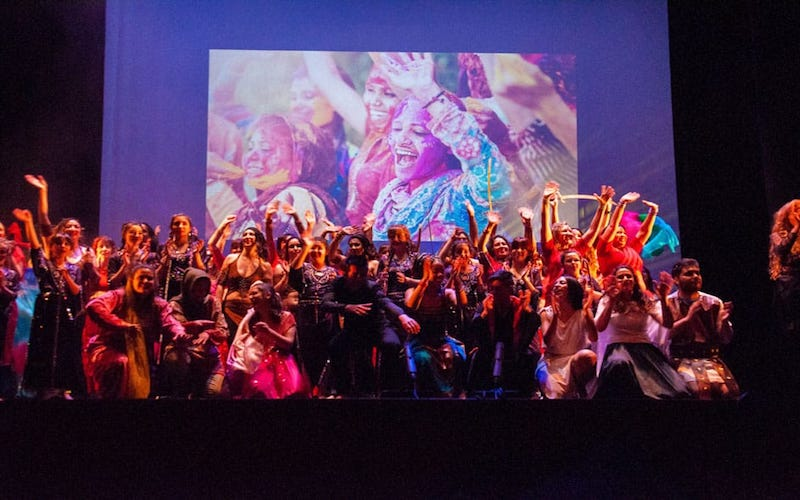Danzas orientales con 'La energías que habita el cuerpo'