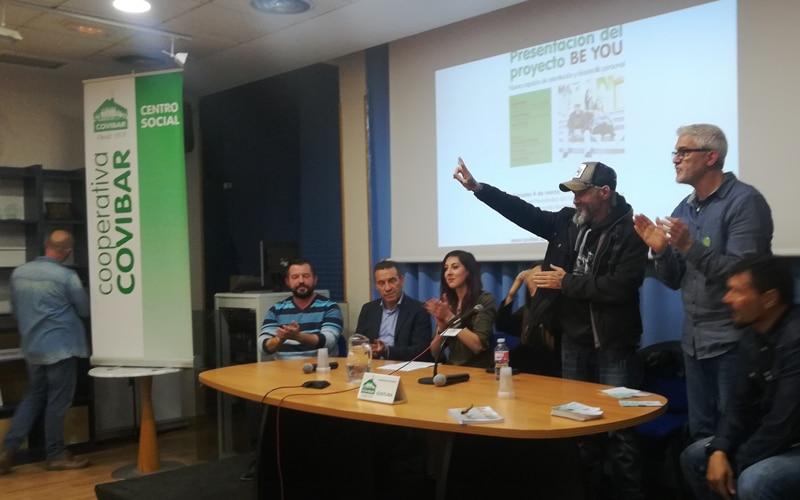 Charla taller sobre adicciones y adolescentes en Covibar