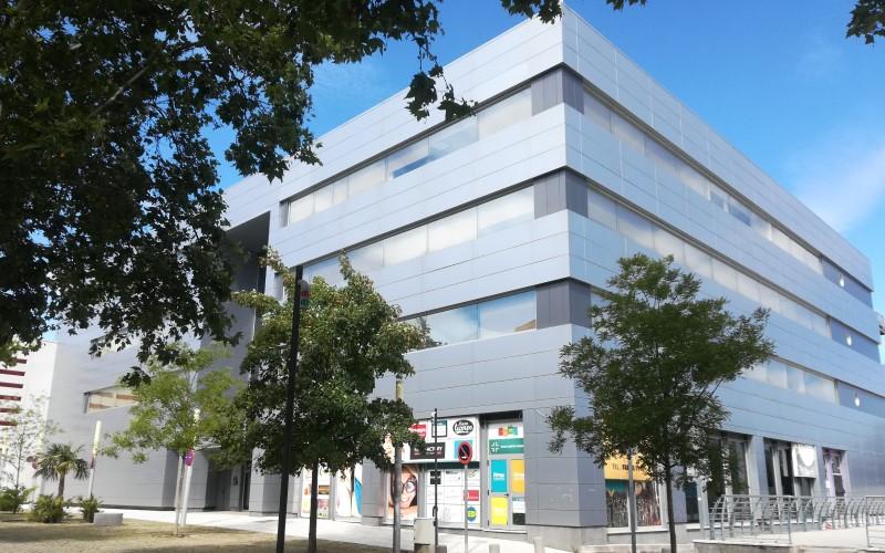 Edificio donde se han adquirido los locales para la Escuela Municipal de Música de Rivas y una cafetería cultural